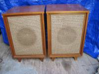 hartley-luth-310-speakers-in-original-cabinets-1